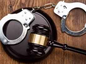 handcuffs-1522267649-6528